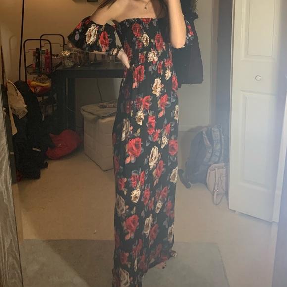 Altar'd State Dresses & Skirts - 🌺 NWOT Strapless Floral Maxi Dress 🌺